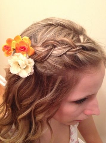 Blogger Image 1676934615 Jpg 356 480 Pixels Hair Styles Hawaiian Hairstyles Diy Hairstyles