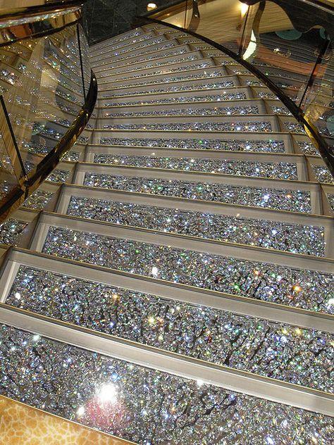 Swarovski Crystal Staircases on the MSC Fantasia.  I can so see me sashaying down this sparkling staircase.
