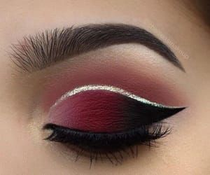 Burgundy & Black with Silver Glitter Stripe Eyes | Silver eye makeup, Eye  makeup, Maroon makeup