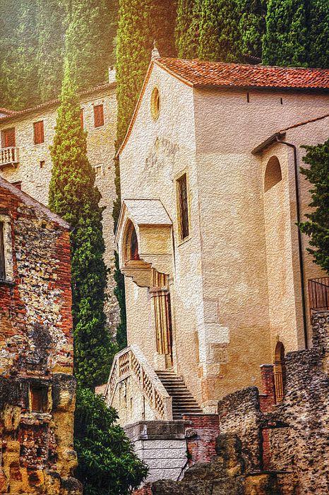 veneto #Verona #verone #Veneto #Italy...