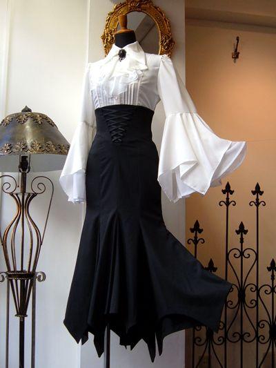 Atelier Boz über alles — New: Loire Granche Mermaid Skirt ロワール グランシェ. Pretty Outfits, Pretty Dresses, Beautiful Dresses, Victorian Fashion, Vintage Fashion, Gothic Lolita Fashion, 70s Fashion, Fashion Online, Mode Lolita