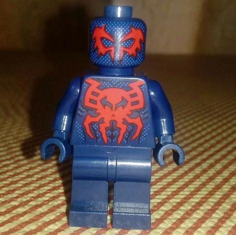 LEGO Super Heroe Minifigure Spiderman 2099 from 76114