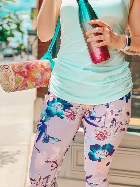 If you need more workout clothes, then you'll love these 2 cute outfit ideas for the gym or at home workouts! A new outfit always inspires me to get active, and these are perfect for HIIT, running, or lifting sessions. Feel confident and cute in these comfortable, fun fitness leggings, tanks and more! #workoutoutfit #workoutstyle #gymoutfit #fitnessfashion #fitnessstyle #fitnessmotivation