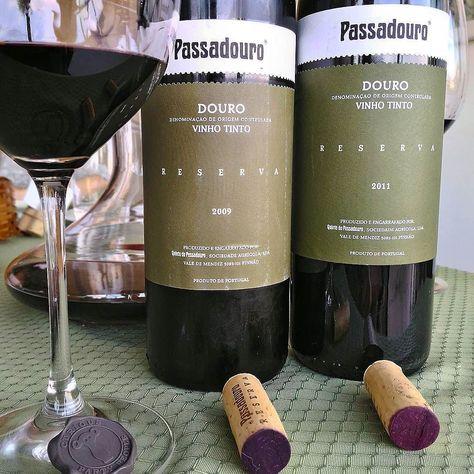 2009 e 2011 Quinta do Passadouro  Bom sábado  #rio #riodejaneiro #portugal #pt #vinhosdeportugal #douro #dourovalley #quintadopassadouro #pinhao #winelovers #wine #redwine #vinhotinto #vinho by paduamatheus