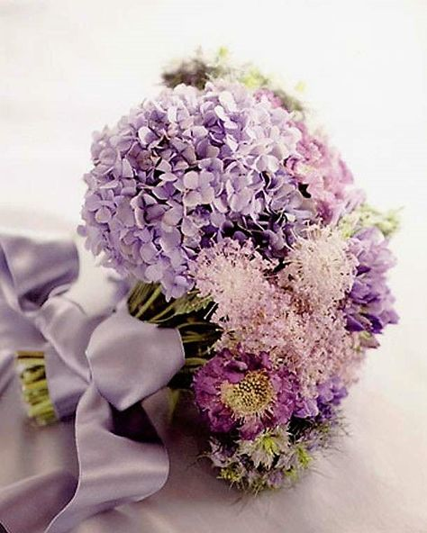 Fiori Con D.Bouquet E Fiori Fiori Per Matrimoni Matrimonio Lilla E