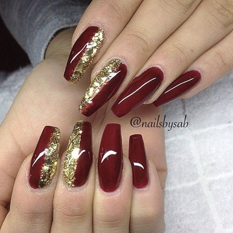 32+ Traditional Easy Red Casket Xmas Nails Designs – Page 2 – Chic Cuties Blog