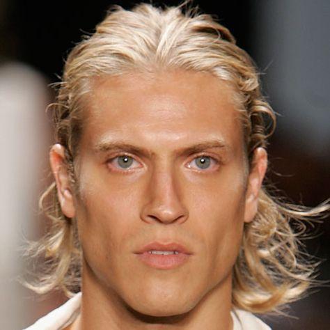 Blond kurzhaarfrisuren männer Kurzhaarfrisuren blond
