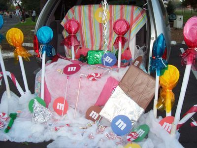Trunk or treat??