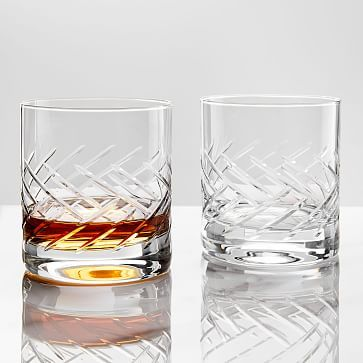 Schott Zwiesel Distil Crystal Whiskey Glasses Set Of 2 In 2020 Glassware Glassware Set Whiskey Glasses Set
