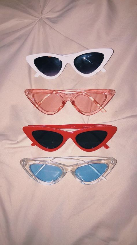 🔮 🔮 🔮 - s u n g l a s s e s - Glasses Cute Sunglasses, Cat Eye Sunglasses, Sunglasses Women, Vintage Sunglasses, Celebrity Sunglasses, Blue Aesthetic, Aesthetic Clothes, Womens Fashion Online, Latest Fashion For Women