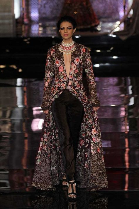 Manish Malhotra opened the India Couture Week Bollywood faces like Deepika, Katrina graced The fashion week in Delhi.