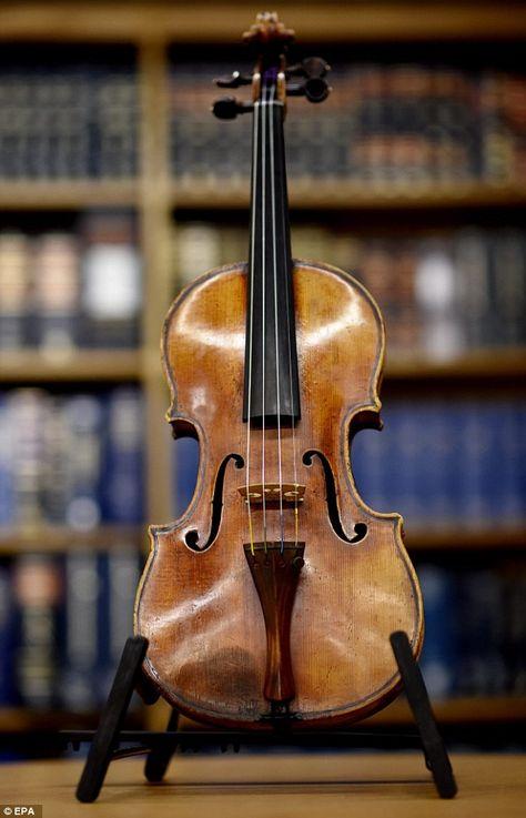 виолончель страдивари фото какие