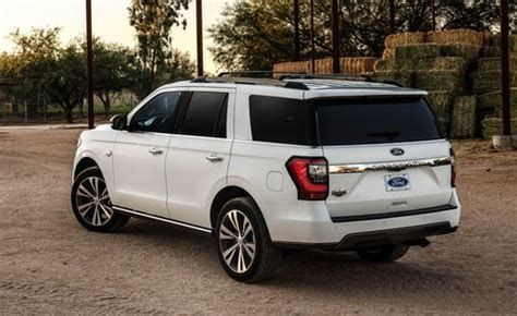 If You Are Looking For 2020 Ford Expedition King Ranch 4x4 Real Pictures You Ve Come To The Right Place In 2020 Ford Expedition Ford Expedition El Ford Explorer Sport