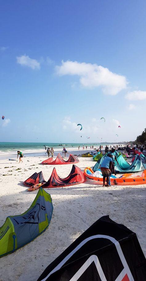 BLOG    Kiteboarding in Zanzibar