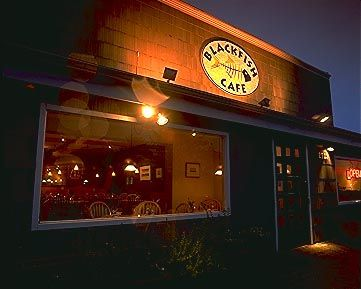 The BlackFish Cafe - Lincoln City Oregon - Superb!  One of the best Cioppino I've ever had!