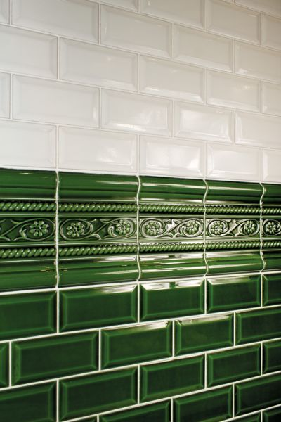 carrelage metro vert green tile