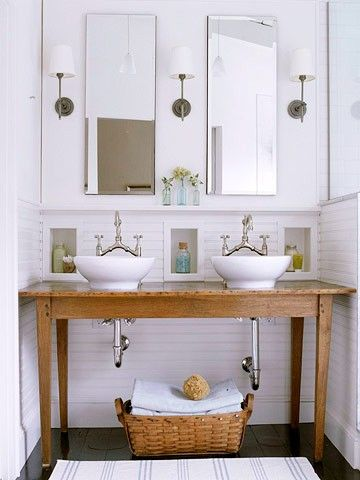 i adore this bathroom! glad to see it made it's way to pinterest
