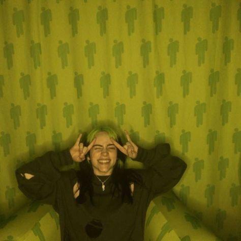 billie eilish in the vip lounge in miami - ImPane Billie Eilish, Bae, David Tennant Doctor Who, Christopher Eccleston, Rory Williams, Donna Noble, Billie Piper, Amy Pond, Rose Tyler