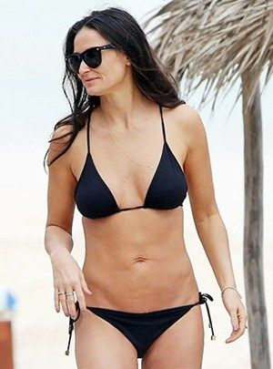 Demi Moore Wiki Bra Size Height Weight Vital Statistics