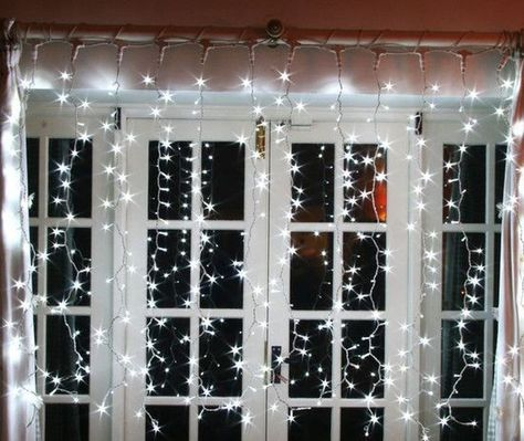 Elegant Indoor Decor Ideas With Christmas Lights 10 Decorating With Christmas Lights Christmas Window Lights Christmas Light Installation