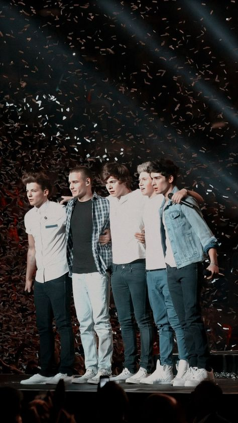 one direction wallpapers One Direction Collage, Imagines One Direction, Four One Direction, One Direction Background, One Direction Cartoons, One Direction Images, One Direction Concert, One Direction Quotes, One Direction Photoshoot