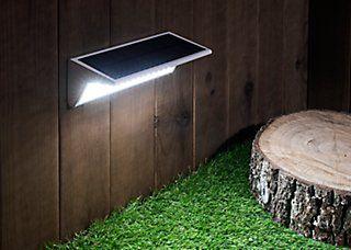 Aplique Solar Led Eon Con Proteccion 800 Lumenes Ip65 Leroy Merlin In 2020 Met Afbeeldingen