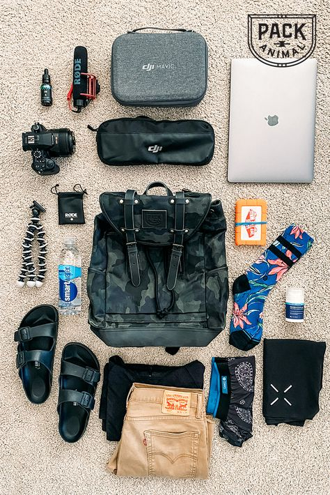 Travel Packing, Travel Bags, Travel Flatlay, 10 Year Old Gifts, Zombie Apocalypse Outfit, What's In My Backpack, Granola Girl, Disney Inspired Fashion, Road Trip Essentials