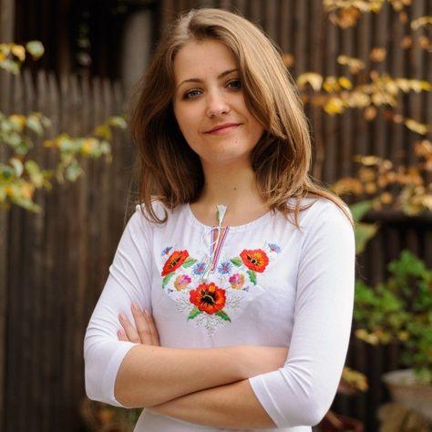 Женские футболки с вышивкой!  0b9638397e41a
