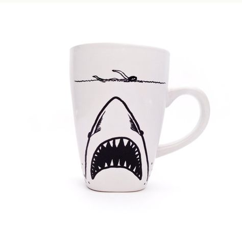 Shark Week- JAWS Mug sur Etsy, 11,58€