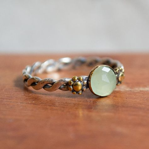 Engagement ring, green jade ring, boho ring, twotone ring, stone ring, unique solitaire ring, flower ring, dainty ring - Our Future R2279