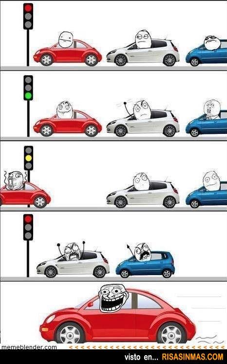 Parado en el semáforo y un ca$%