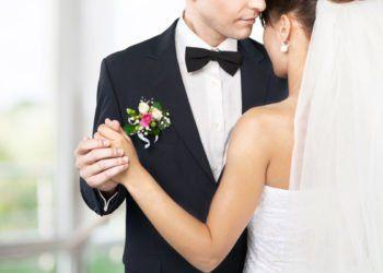 Mit Diesen Songs Fur Den Eroffnungstanz Werdet Ihr Die Tanzflache Rocken Hochzeitstanz Lieder Hochzeit Eroffnungstanz Hochzeit