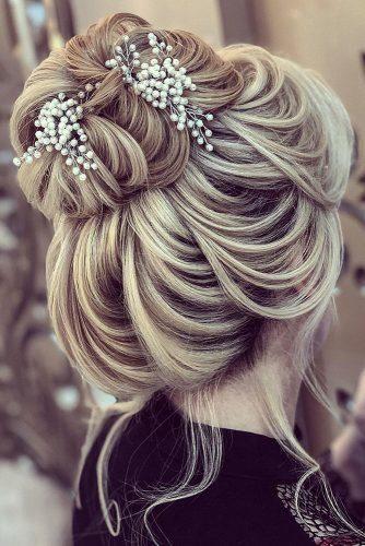 Wedding Hairstyles 2020 2021 Fantastic Hair Ideas Winter Wedding Hair Wedding Hair Inspiration Wedding Hairstyles