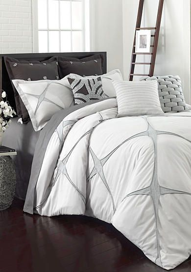Superior Arabella Hypoallergenic Raised Diamond Down Alternative Comforter Set