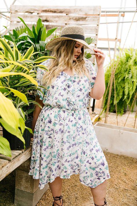 Wisteria Daydreams Dress - Small