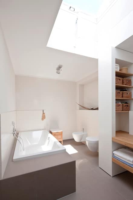 Badezimmer Ideen Design Und Bilder Oberlicht Familienbad Und
