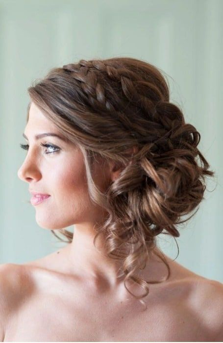 15 Best Messy Bun Hairstyles For Women Simple Prom Hair Hair Styles Wedding Hair And Makeup