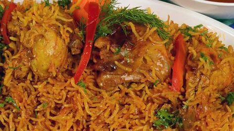 الكبسة السعودية بالدجاج Recipe Cooking Recipes Middle Eastern Recipes Mediterranean Recipes
