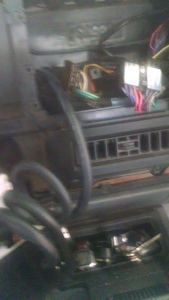 Jeep Xj Vacuum Line Break The Jeep Guru Jeep Xj Jeep Vacuums