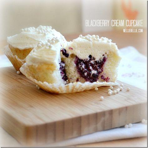 A Blackberry Cream cupcake. A recipe by NellieBellie.