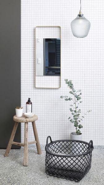 Hubsch Interior Hangelampe Glaskugel Graublau O 22cm Kleines Bad Dekorieren Kleine Badezimmerfliesen Badezimmer Dekor