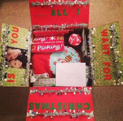 Christmas care package that says, All I want for Christmas is you. A big list of monthly and seasonal care package ideas for the entire year! Each month contains several creative holiday and seasonal care package themes. Diy Christmas Gifts For Boyfriend, Cute Boyfriend Gifts, Boyfriend Gift Basket, Bf Gifts, Christmas Gift Box, Christmas Crafts, Christmas Packages, Boyfriend Ideas, Christmas Cupcakes