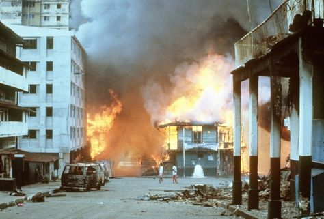 Panama clashes aftermath of urban warfare during the U. invasion of Panama, 1989