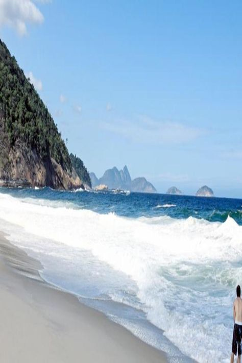 Ipanema Beach And Sugarloaf Mountain Are Each About 2 5 Mi From