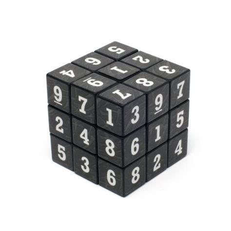 Cube de puzzle de Sudoku Out of the blue https://www.amazon.fr/dp/B000PGWXYK/ref=cm_sw_r_pi_dp_XkPvxbDA6QMBT