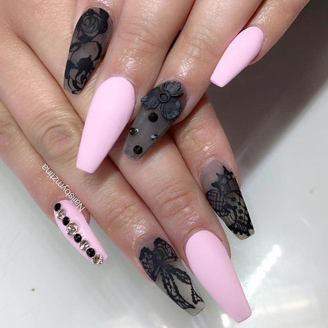 Cute Matte Pink Nails Designs: The New Classics ★ See more: https://naildesignsjournal.com/matte-pink-nails-trendy-designs/ #nails