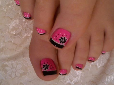 Very cute!! Love the pink and black together!!