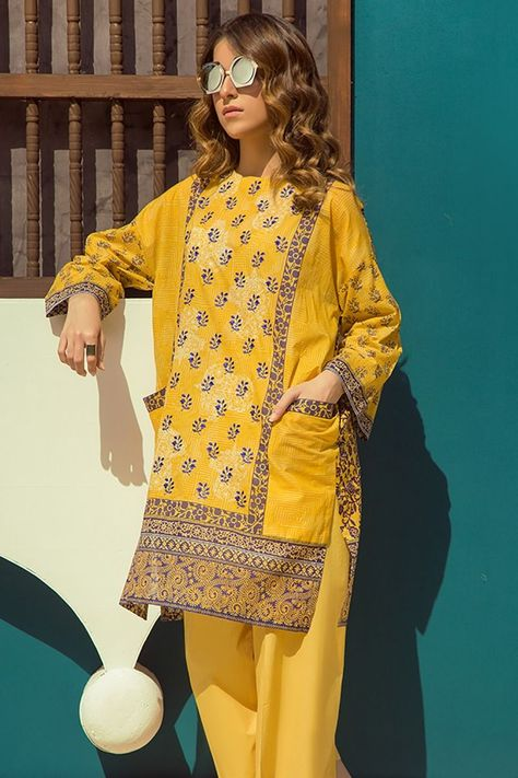 Buy Online Refreshing Yellow 2 Piece Dress by latest Pakistani Lawn Zellbury Prêt Collection 2018