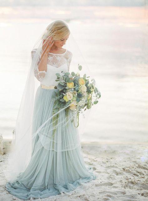 Sandy Toes Elopement in the Florida Keys #beachwedding #barefootbride #elopementdestination #floridakeyswedding