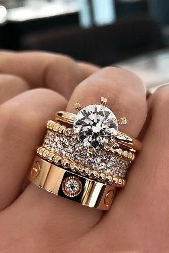 Love Ring Wedding Rings Cartier Emeralds Ring Engagement Rings Cartier Cartier Engagement Cartier In 2020 Trending Engagement Rings Ring Trends Bridesmaid Jewelry Sets
